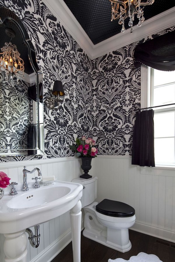 2-2-black-and-white-bathroom-interior-design-tiles-bathtub-toilet-wash-basin