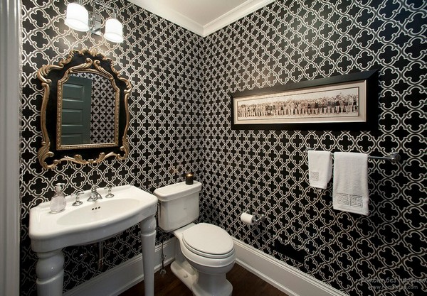2-3-black-and-white-bathroom-interior-design-tiles-bathtub-toilet-wash-basin