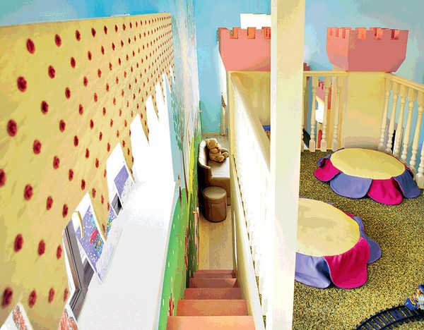 2-bright-toddler-kid's-girl's-bedroom-playroom-room-interior-design-wall-painting-mezzanine-floor-magical-castle