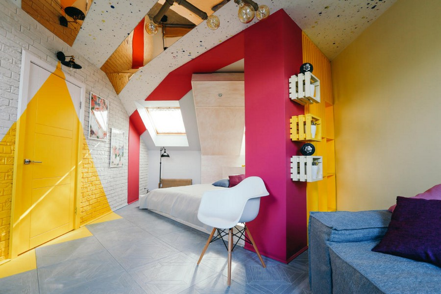 2-ultra-bright-attic-interior-design-diagonal-funriture- & Bright Attic Interior Design with Diagonal Furniture Arrangement ...
