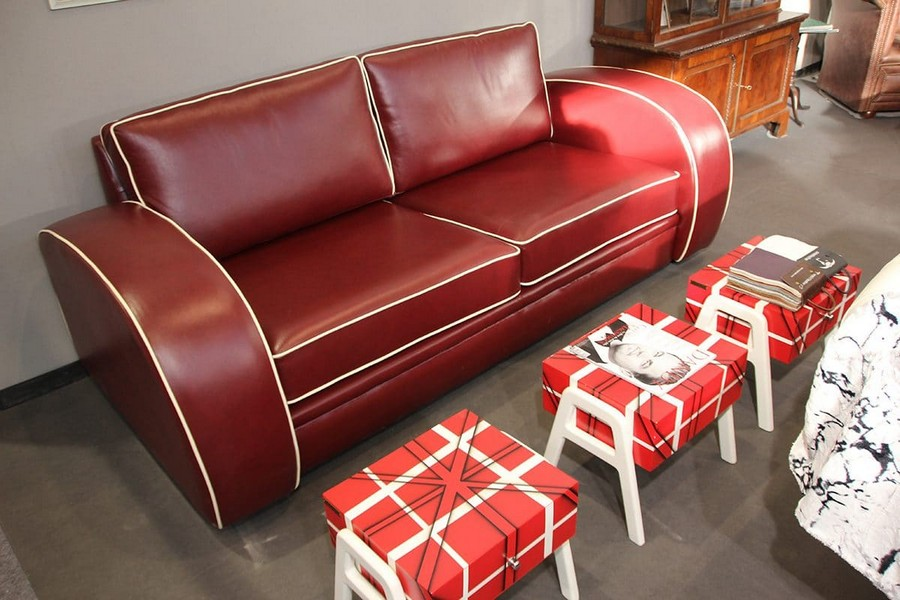26-London-Gallery-furniture-in-interior-design-at-Maison-and-&-Objet-2017-Exhibition-trade-fair-Paris-red-leather-sofa