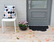 DIY: Cloud-Shaped Door Mat