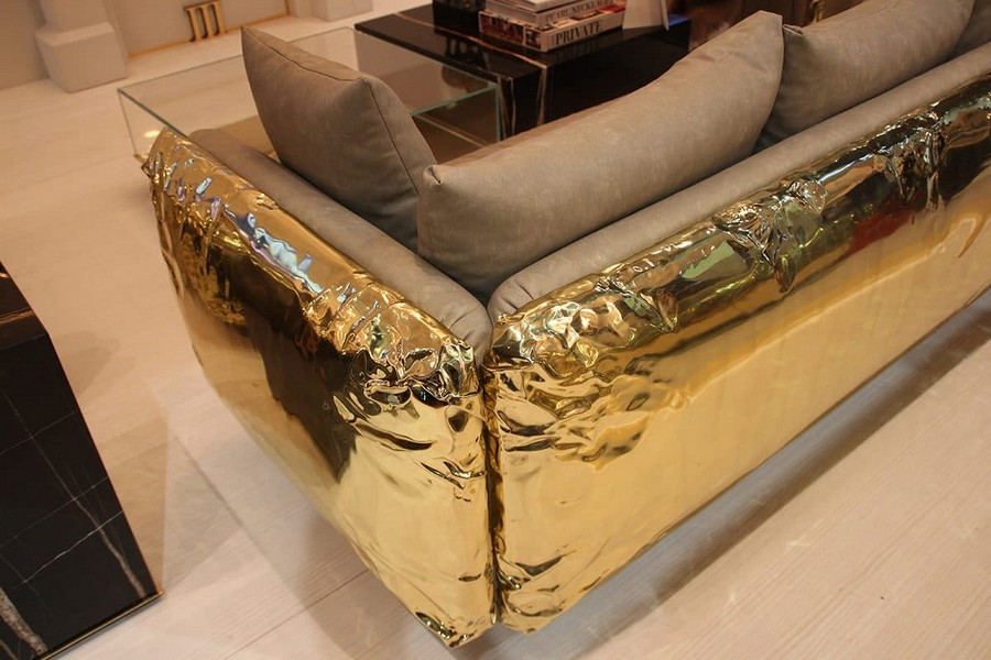 32-Boca-Do-Lobo-furniture-in-interior-design-at-Maison-and-&-Objet-2017-Exhibition-trade-fair-Paris-beige-and-golden-sparkling-sofa