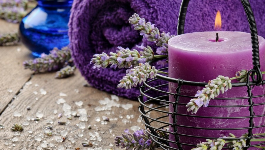 4-1-home-aromatherapy-accessories-tools-scents-fragrances-odour-lavender-scented-candles