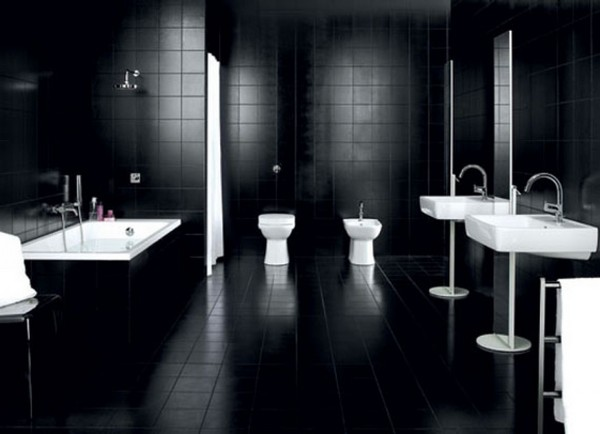 4-black-and-white-bathroom-interior-design-tiles-bathtub-toilet-wash-basin