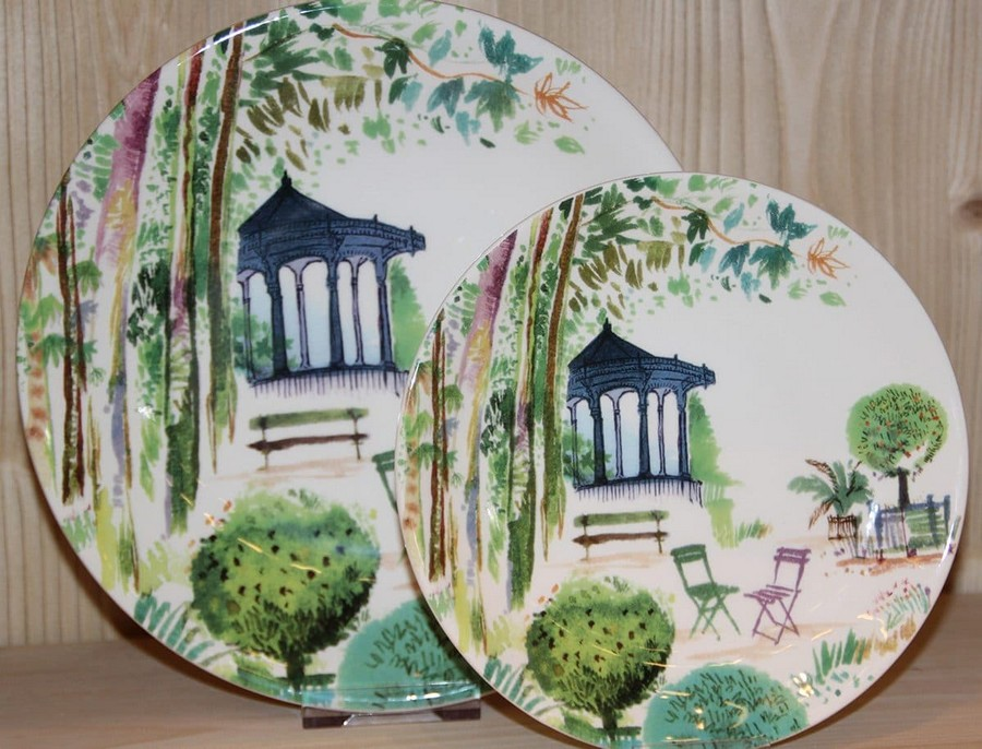 5-Gien-luxury-tableware-kitchen-table-settings-design-at-Maison-and-&-Objet-2017-Exhibition-trade-fair-Paris-greenery-floral-motives