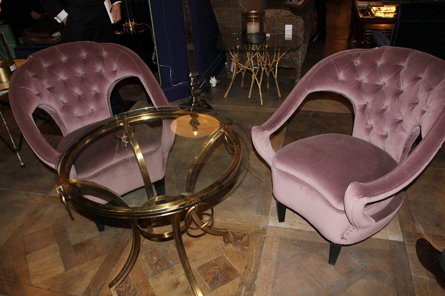 5-Mis-En-Demeure-Decoration-furniture-in-interior-design-at-Maison-and-&-Objet-2017-Exhibition-trade-fair-Paris-velevt-lilac-purple-capitone-arm-chairs