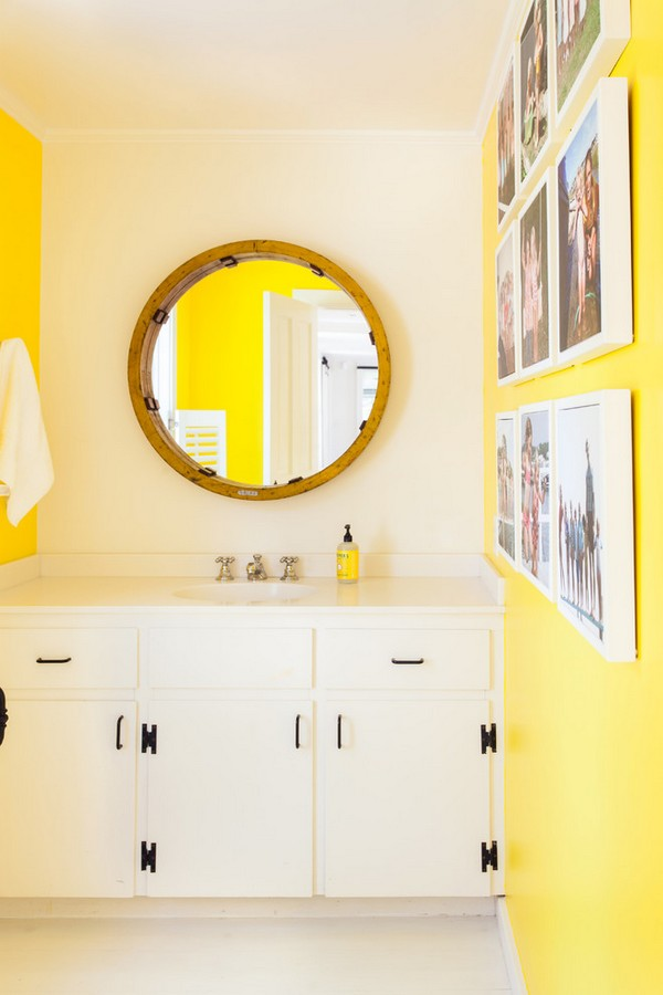 5-cheerful-white-and-yellow-bathroom-interior-design