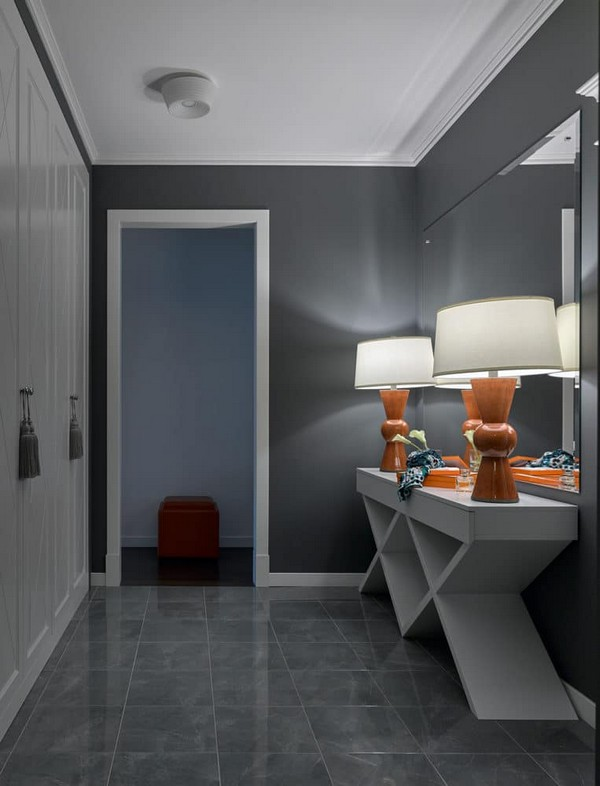 5-gray-and-white-modern-style-entrance-hall-entry-wall-to-wall-closet-geometrical-console-ochre-orange-traditional-crate-and-barrel-lamps