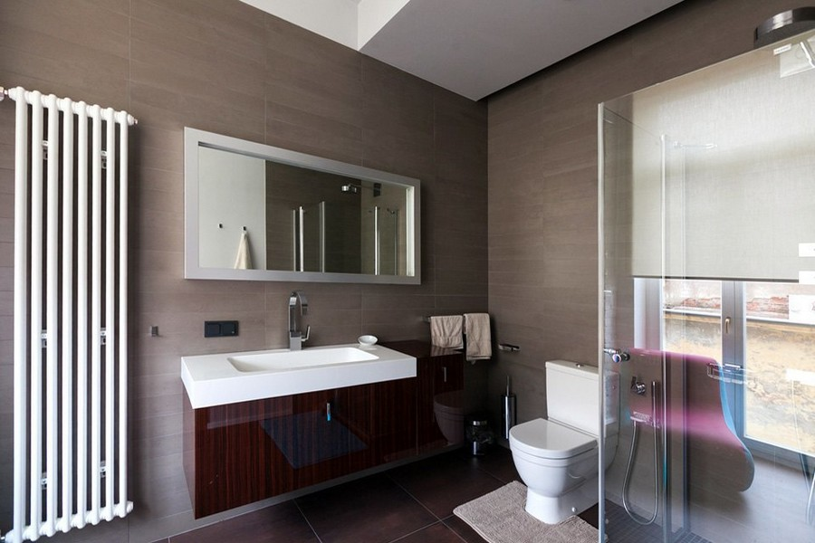 6-minimalist-style-interior-design-apartment-beige-brown-bathroom-wash-basin-cabinet-glass-shower-cabin