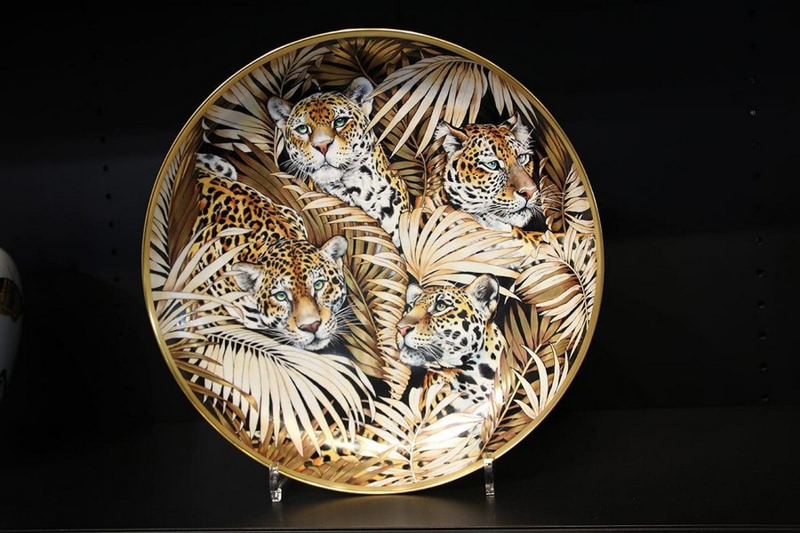 9-Fradkof-Paris-luxury-tableware-kitchen-table-settings-design-at-Maison-and-&-Objet-2017-Exhibition-trade-fair-Paris-tigers