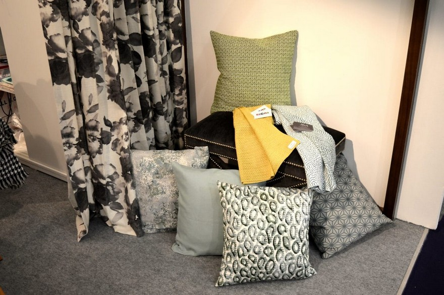 9-Kroma-Belgium-Heimtextil-2017-home-textile-fabrics-trade-fair-warm-autumn-fall-natural-colors-decorative-pillows