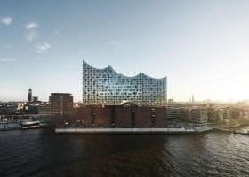 0-Elbe-Philharmonic-Hall-Hamburg-Port-Germany-exterior-Elbe-River-modern-architecture-2017