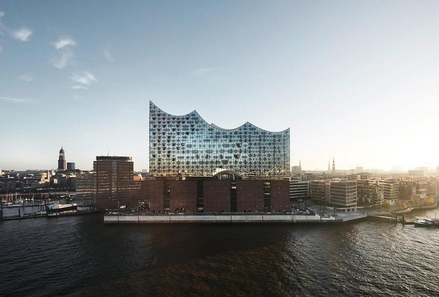 0-Elbe-Philharmonic-Hall-Hamburg-Port-Germany-exterior-Elbe-River-modern-architecture-2017