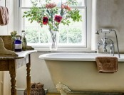 Typical Features of Provence-Style Bathrooms