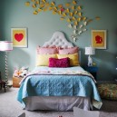0-butterfly-wall-art-decor-ideas-yellow-and-white-bedroom-fairy-tale-girls'-room-book-shelves-upholstered-bed-floor-lamps