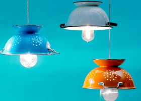 0-creative-lamp-ideas-DIY-hand-made-colander-IKEA-pendant-multicolor
