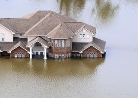 0-flood-flooded-house-home
