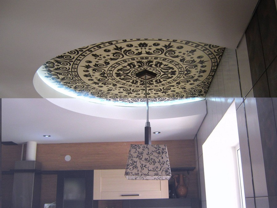 0-stretch-ceiling-in-interior-design-digital-printing-classical-pattern-matching-pendant-lamp