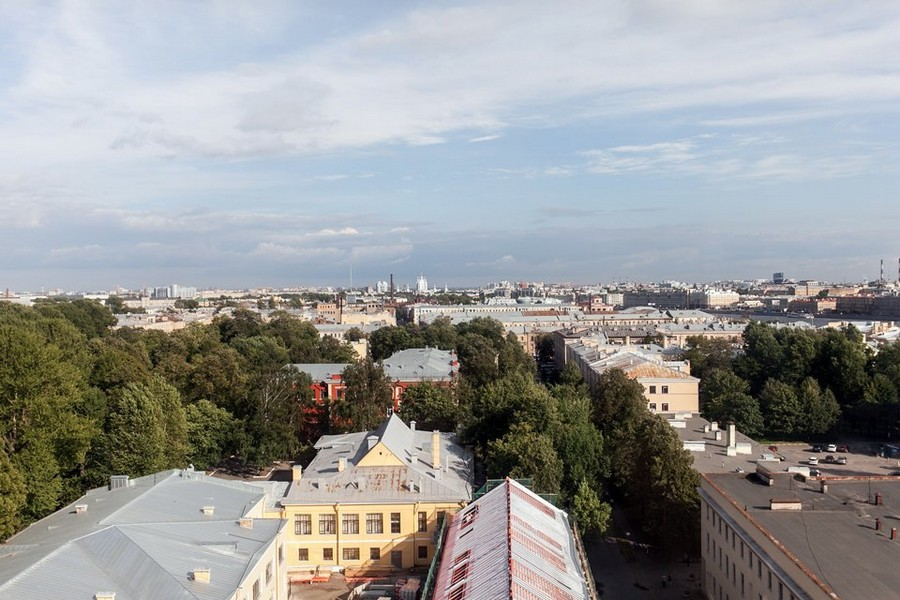 1-3-St-Petersbug-view-from-panoramic-windows