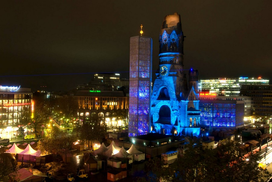 1-5-Berlin-interesting-buildings-sights-architecture-the-Kaiser-Wilhelm-Memorial-Church-night-illumination