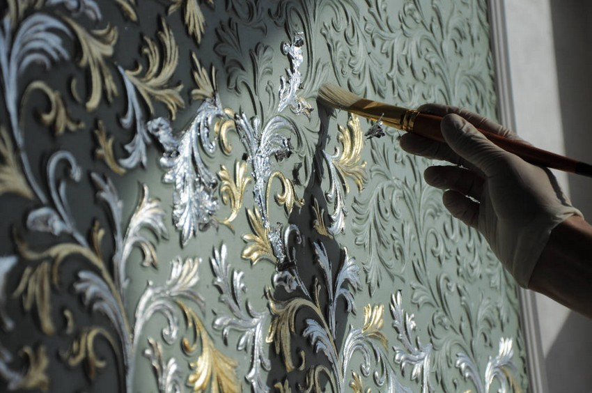 2-lincrusta-classical-style-wall-covering-in-interior-design-painting-brush