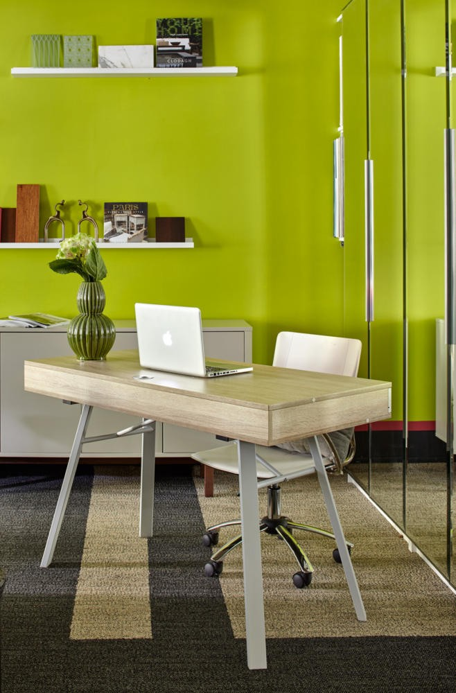 3-bright-cheerful-white-gray-and-green-office-interior-design-in-contemporary-style-work-desk-area-laptop-vase-flowers-decor-shelves