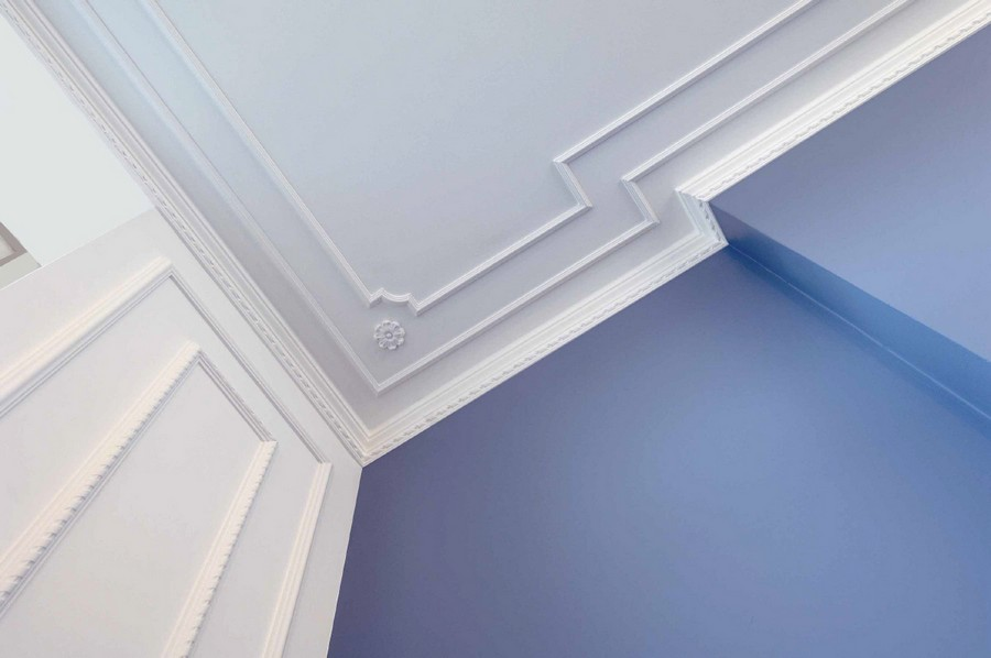 3-white-crown-molding-blue-wall