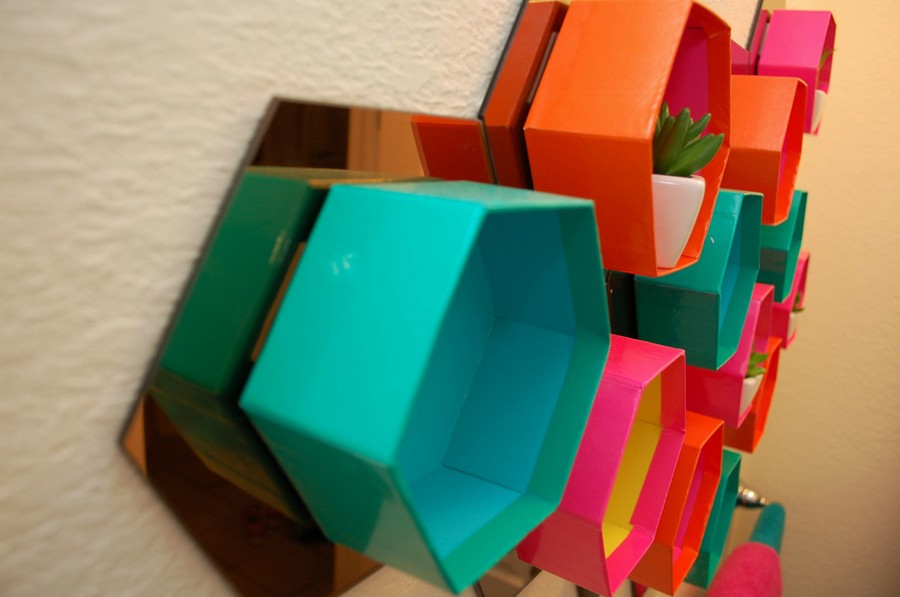 4-DIY-bright-multicolored-handmade-hexagonal-honeycomb-shelving-unit-decorative-shelves-wall-decor-with-mirrored-tiles