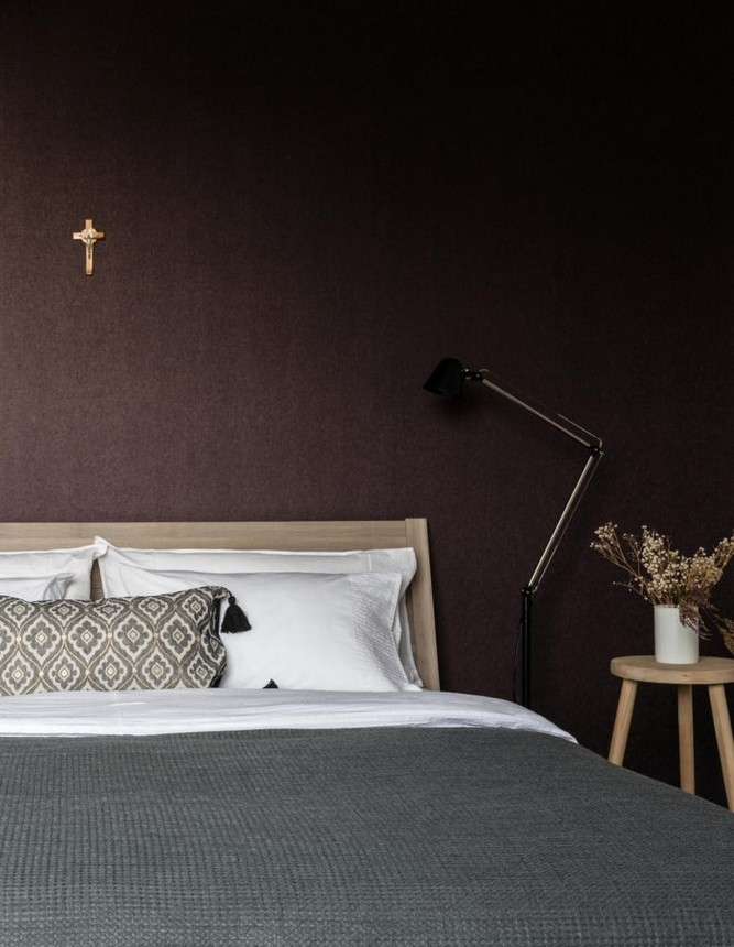 4-contemporary-style-bedroom-interior-design-gray-beige-black-white-dark-wall-cross-hinged-floor-lamp-IKEA-bed-nighstand-bedside-table