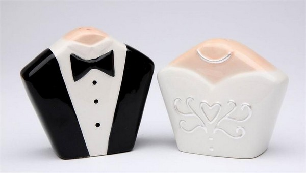 4-he-and-she-perfect-couple-man-and-woman-salt-and-pepper-shaker-set-design-bride-and-groom-black-and-white-ceramic