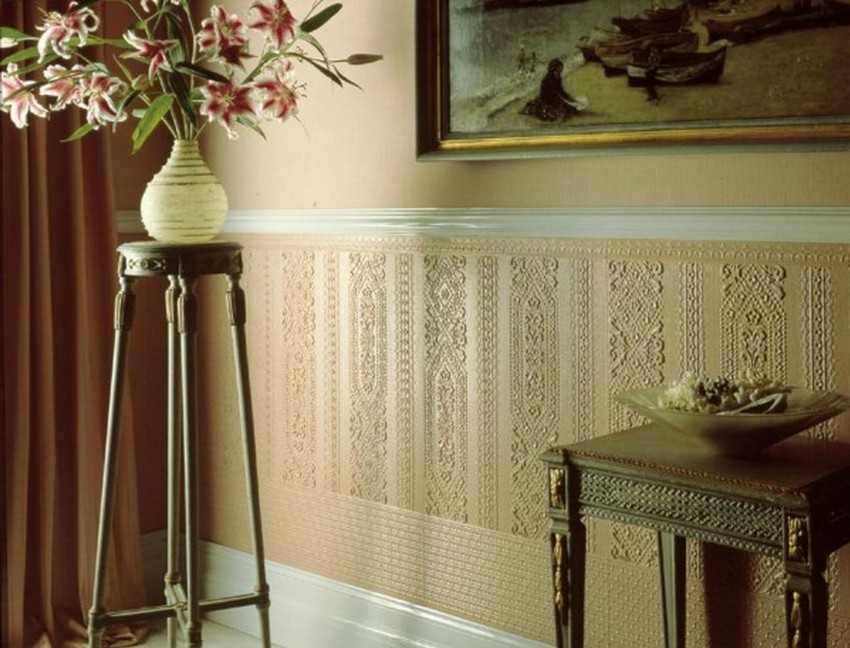5-lincrusta-classical-style-wall-covering-in-interior-design-beige-Victorian-baseboard
