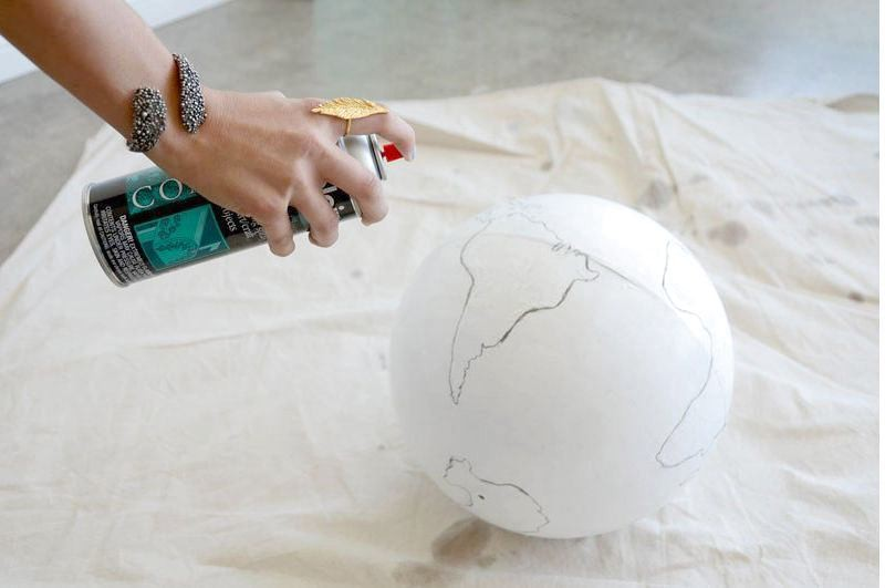 6-DIY-handmade-vintage-white-painted-globe
