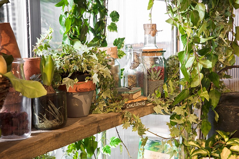 9-green-eco-naturalistic-style-house-for-rent-by-Pantone-Airbnb-London-greenery-potted-plants-interior-design-shelves