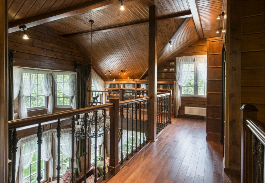 1-3-log-timber-wooden-house-interior-design-walls-sloped-ceiling-big-panoramic-windows-overdrapery-drapery-sheer-curtains-gallery-open-to-below-second-floor