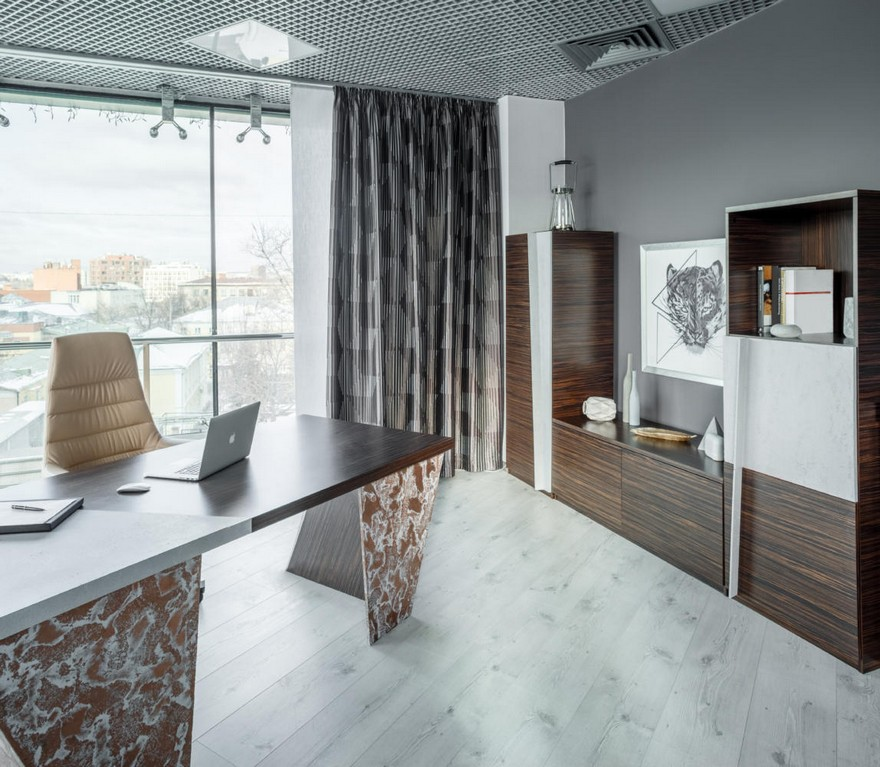 1-4-contemporary-style-office-interior-design-beige-gray-brown-brutal-mixed-material-concrete-and-zebrawood-wooden-furniture-panoramic-window-creative-desk-curtains-cabinet