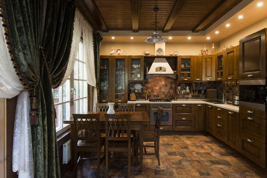 1-4-log-timber-wooden-house-interior-design-walls-big-panoramic-windows-overdrapery-drapery-sheer-curtains-green-brown-kitchen-dining-room-set-square-floor-tiles-backsplash