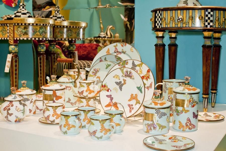 1-4-new-collection-of-tableware-and-home-decor-2017-MacKenzie-Childs-Alice-in-the-Wonderland-inspired-butterflies