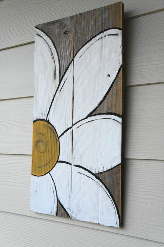 13-spring-home-decor-decoration-ideas-flowers-wood-board-sign-chamomile-painted