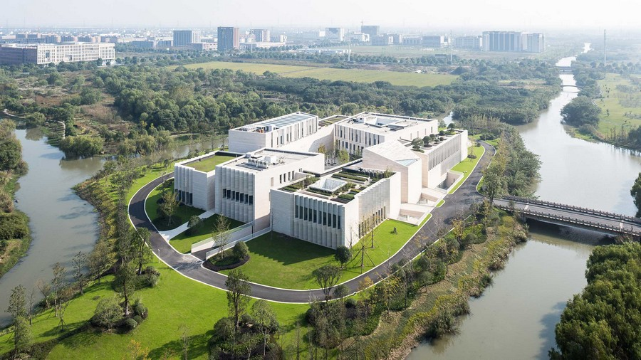 2-1-public-centre-in-Jiaxing-China-AIM-Architecture-exterior-creative-modern-architecture-island