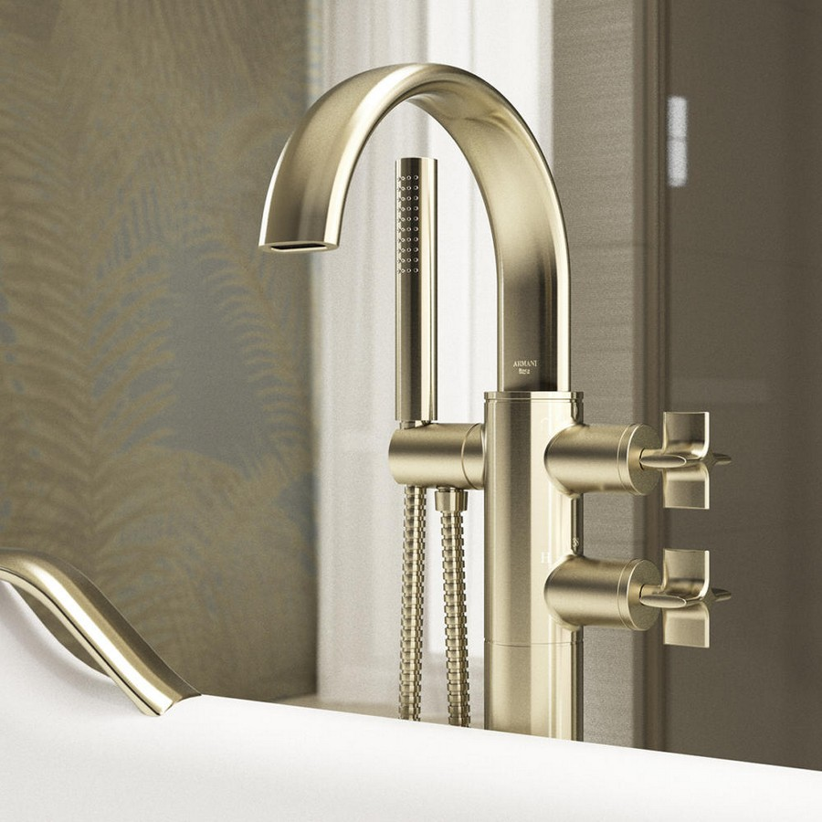 2-3-new-Baa-collection-2017-by-Roca-bathroom-design-by-Giorgio-Armani-luxurious-premium-matte-gold-retro-style-elegant-water-mixer-tap-bath-handles