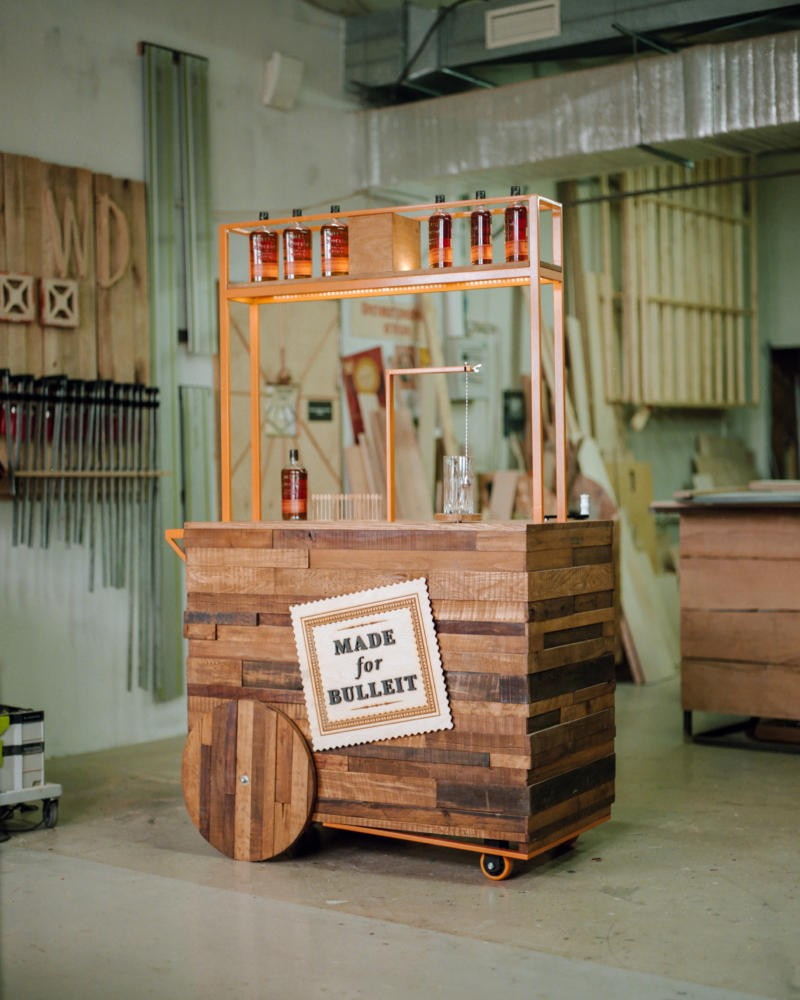 3-1-smart-home-bar-gear-wheel-hog-operated-Russian-designer-furniture-handcrafted-Wood-Deed-crafts-workshop-Made-for-Bulleit-whiskey-coctail-mixer-mechanical-drink-oak-beech-aged-wood