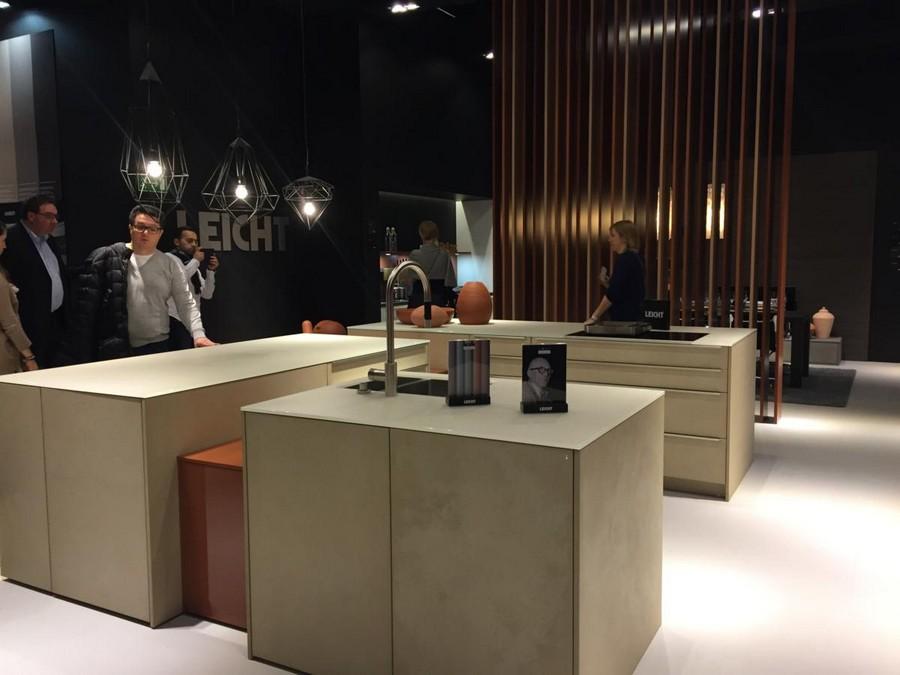 leicht k chen kitchen set design at livingkitchen show in cologne