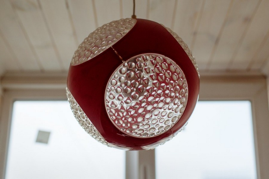 3-6-plastic-ball-lamp-red-and-white