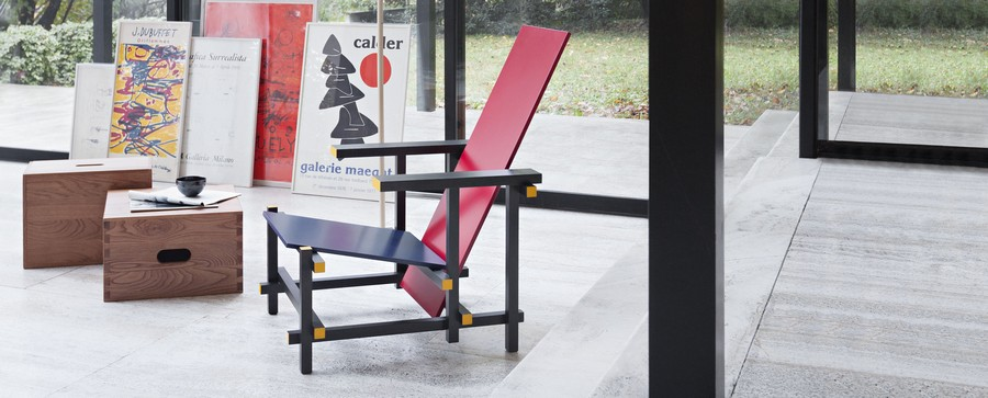 3-Red-and-Blue-lounge-chair-by-Gerrit-Rietveld-neoplasticism-black-stained-beech-wood-frame-multi-plywood-seat-back-Cassina-Italy-in-interior-design