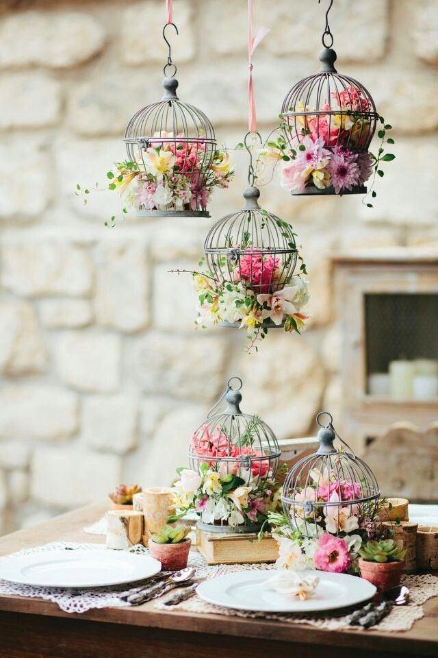3-spring-home-decor-decoration-ideas-flowers-bird-cages-vintage