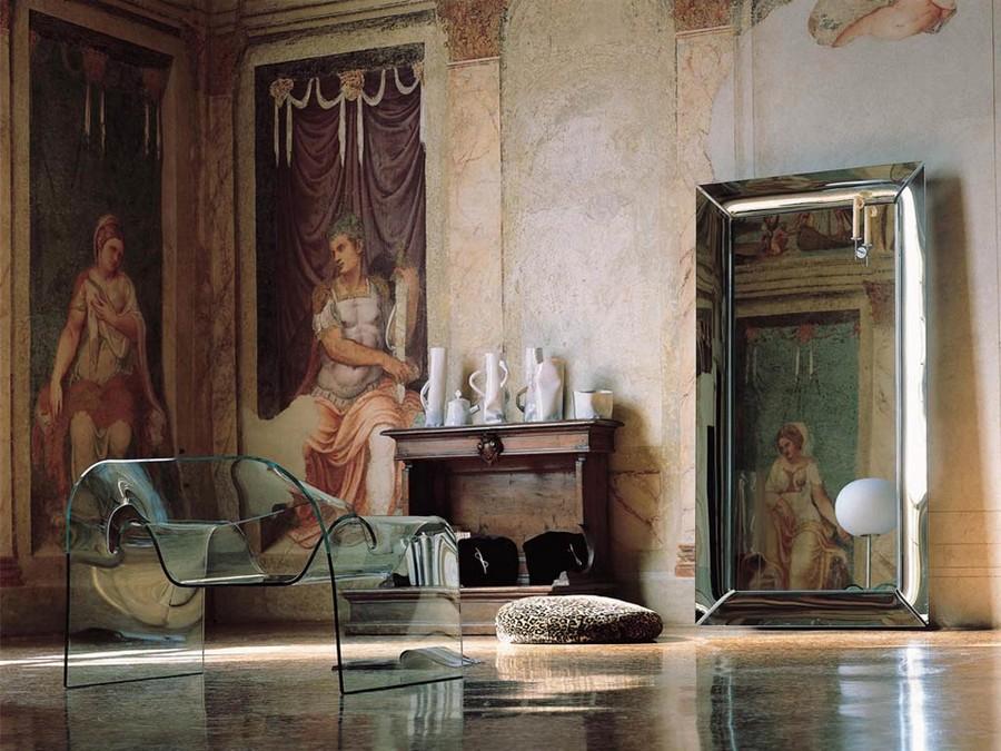 3-transparent-ghost-chair-cini-boeri-design-furniture-tempered-monolithic-glass