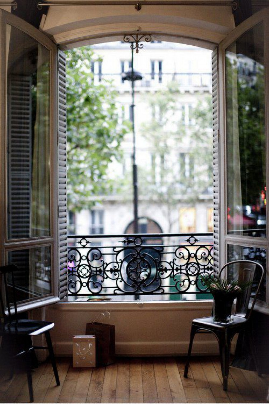 39-beautiful-balconet-balconette-Juliet-balcony-in-interior-design-wrough-metal-railing-forgery-barrier