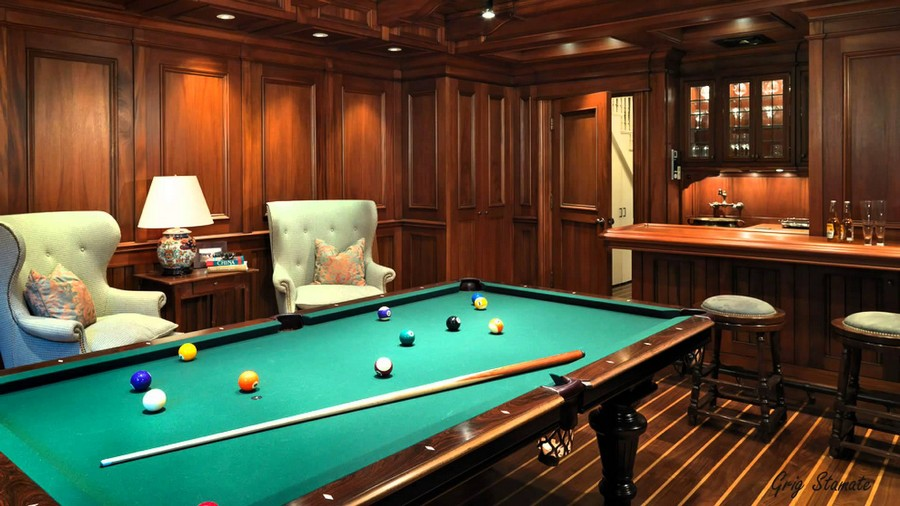 4-2-billiards-pool-room-interior-design-table-wooden-floor-pendant-lamps-classical-arm-chairs