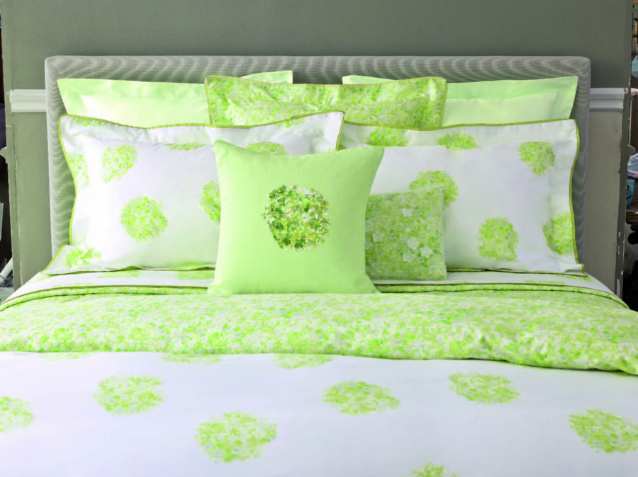 5-Yves-Delorme-Etrevert-bed-linen-spring-collection-2017-floral-pattern-flowers-green-and-white